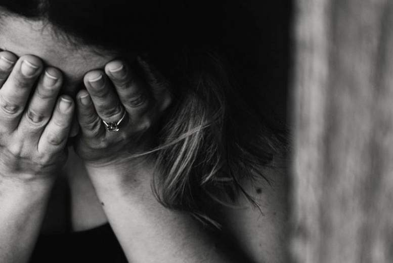 Depresija bērniem un pusaudžiem saistīta ar priekšlaicīgu nāvi un 66 slimību paaugstinātu risku vēlākos gados