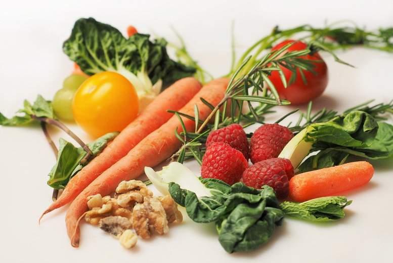 Saistība starp augļu un dārzeņu uzņemšanu un depresīviem simptomiem