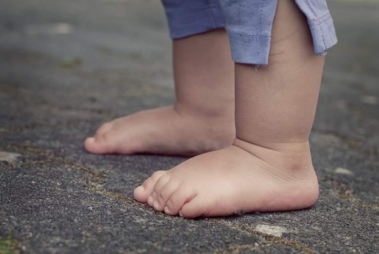 Kā mīksto zoļu apavi ietekmē mazbērna gaitu?