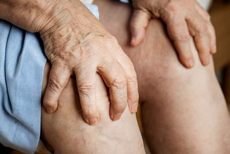 Kristālu artropātijas. Vai ir atšķirības  ambulatorās prakses izpratnē?