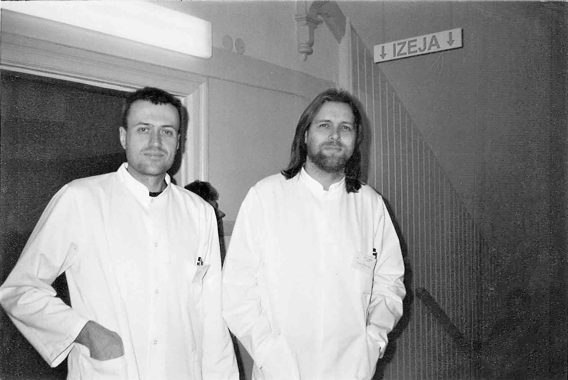 Jaunie ķirurgi. Ar jaunības laiku kolēģi Robertu Poļakovu