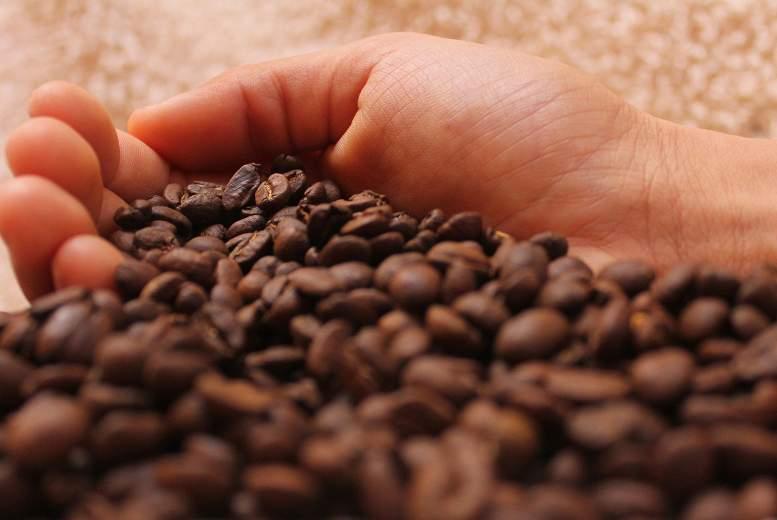 Pētnieki atklāj, ka nav saistības starp mērenu kafijas patēriņu un paaugstinātu sirds aritmijas risku