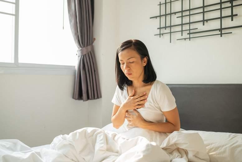 Refluksa ezofagīts ir saistīts ar lielāku akūta insulta un pārejošu išēmisku lēkmju risku