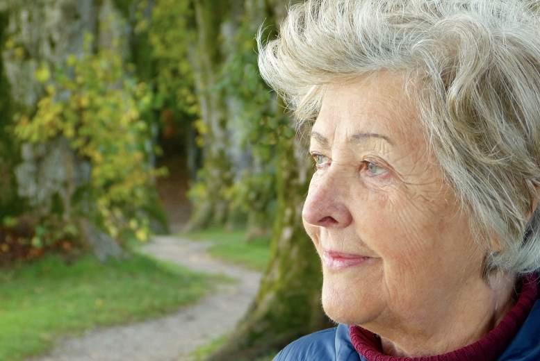 Saistība starp oftalmoloģiskām saslimšanām un demenci